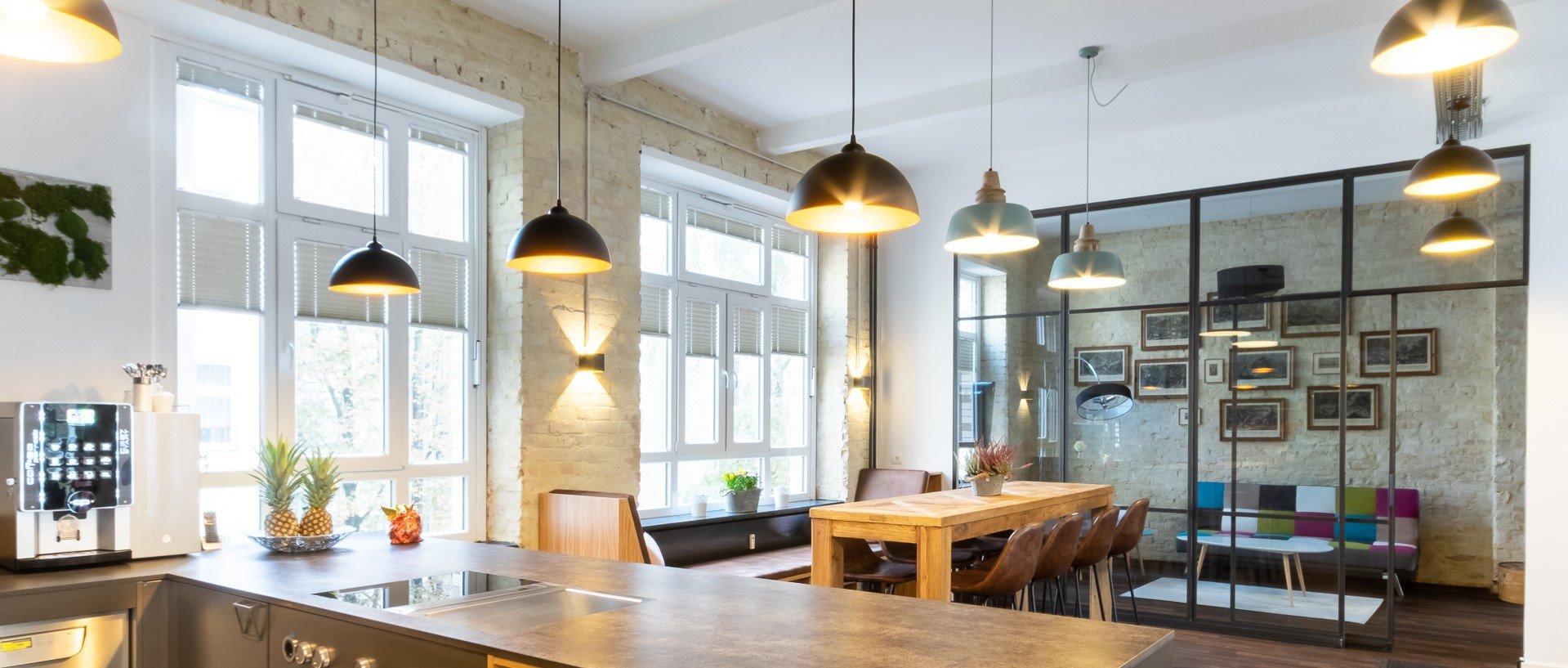 Berlin Hub Kitchen Area schmal.jpg