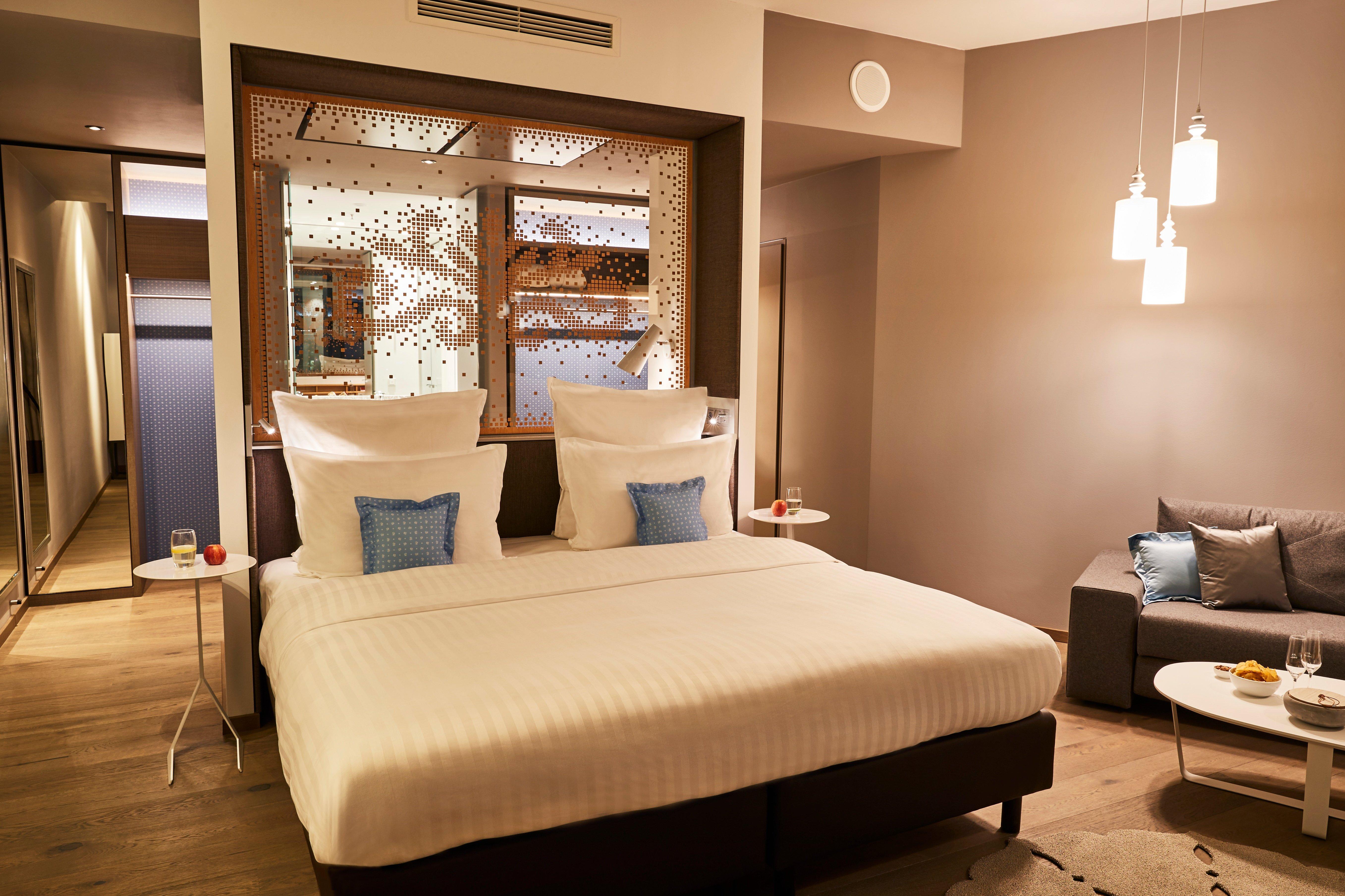 Steigenberger_Hotel_Munich_Junior_Suite_Night
